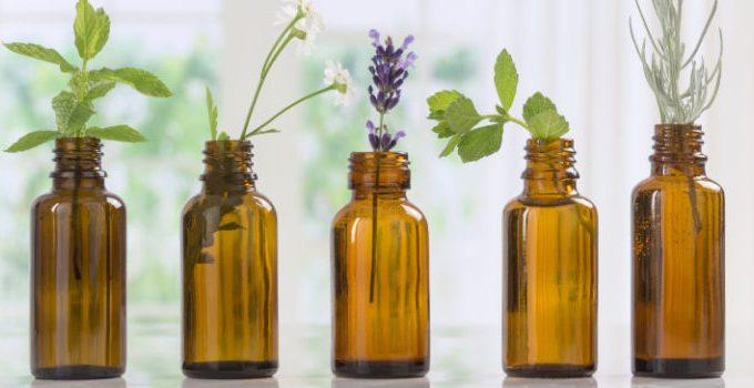 11 Benefits Of Essential Oils
